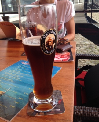 4ユーロのdunkelビール