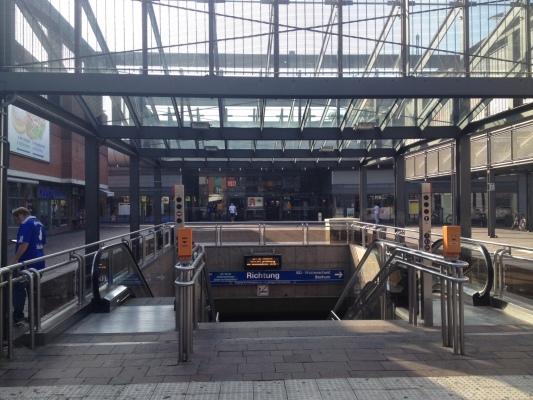 Gelsenkirchen駅のU-Bahnの様子