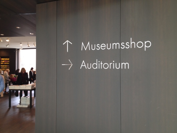 併設されているミュージアムショップ