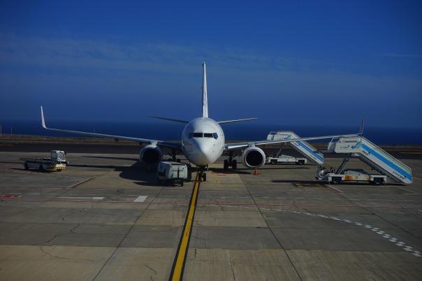 aircraft-461922_1920