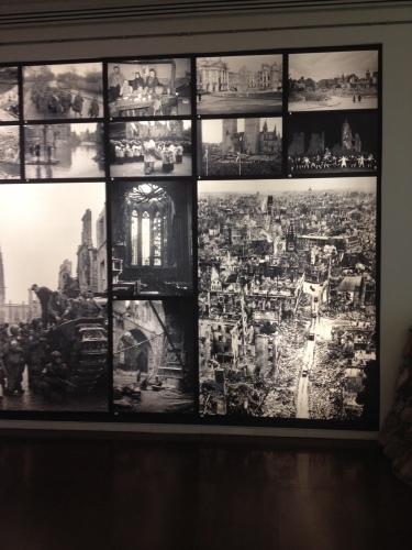 焼け野原の写真(博物館)
