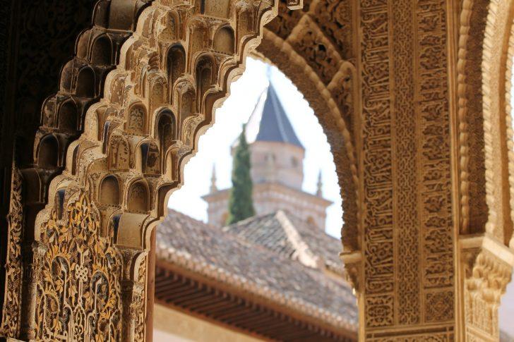 alhambra-503207_1920