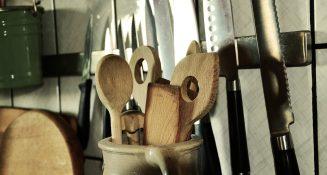 wooden-spoon-1013566_1920
