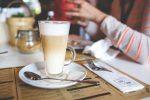 お洒落なドイツのカフェで優雅な午後のひと時を満喫しよう!